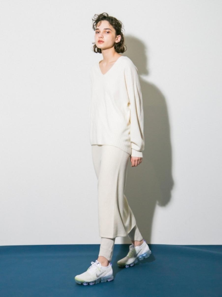 【emmi atelier】タスマニアウールニットスカート(WHT-0)
